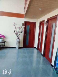 1室3厅2卫280m²精装修