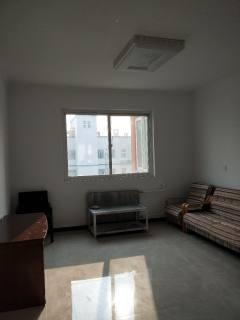 3室1厅1卫109m²简单装修