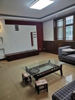 (华龙区)南海花园3室1厅1卫118m²中档装修