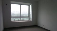 (濮东新区)天润华庭3室2厅2卫123m²简单装修