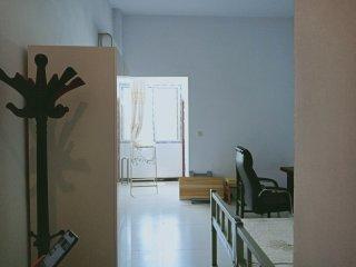 油田一中北200米华龙区三中家属院1室1厅1卫730元/月45m²出租