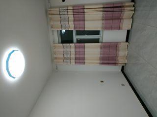 3室2厅2卫1300元/月107m²出租