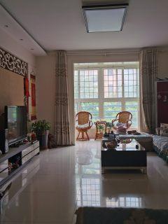(油田)华府山水3室2厅2卫1700元/月128m²出租